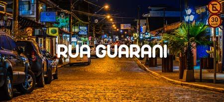 Faça um passeio pela Rua Guarani de Ubatuba