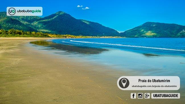 Extensa e rasa, a Praia do Ubatumirim é uma das melhores praias de Ubatuba para banho de mar na região norte. Muito procurada por famílias