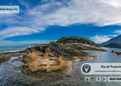 Grande formação rochosa no Pontão da Ilha do Prumirim