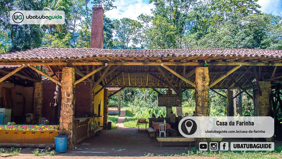 Fachada da Casa da Farinha em Ubatuba, um dos principais atrativos histórico-culturais e naturais de Ubatuba