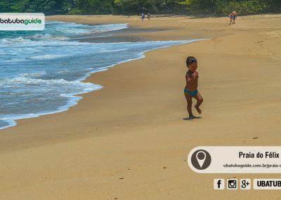 Apesar de ter ondas fortes no extremo esquerdo, o lado direito é seguro para crianças e banhistas com menos prática. Há um pequeno rio (córrego de água limpa) onde bebês e crianças pequenas se deleitam. O extremo direito da Praia do Félix é excelente para banho de mar.