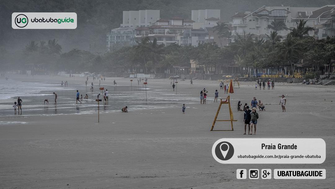 Uma das mais movimentadas praias do litoral norte, a Praia Grande é também muito frequentada por famílias